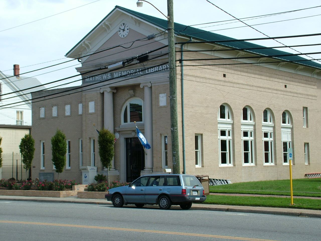 Mathews Memorial Library (JPG)